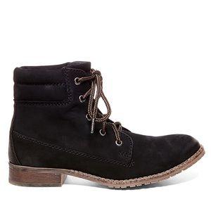 Steve Madden Mantraa Boots
